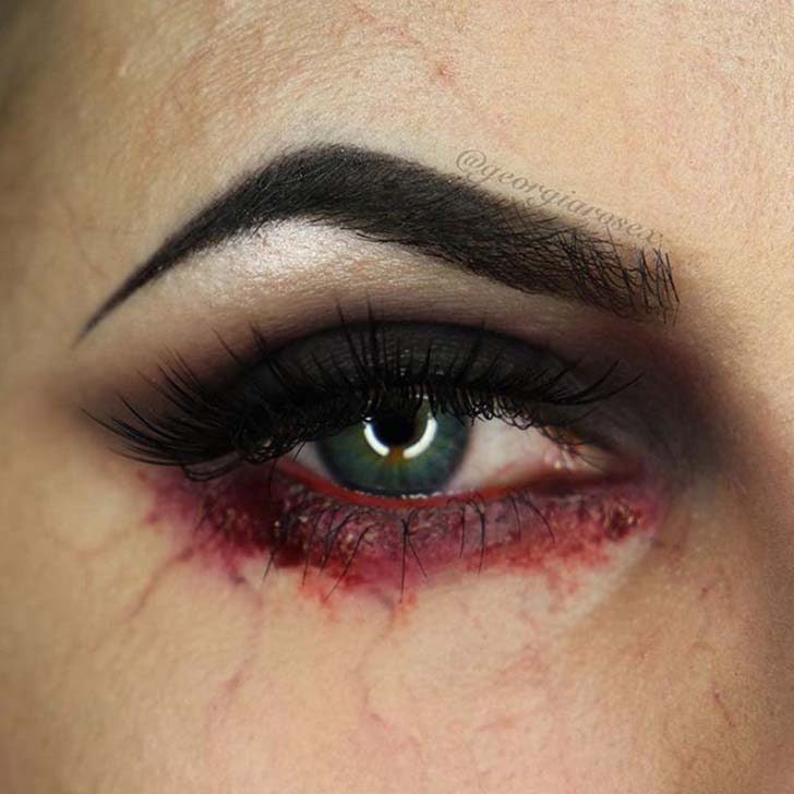 10-creepy-eye-makeup-looks-to-try-this-halloween_1