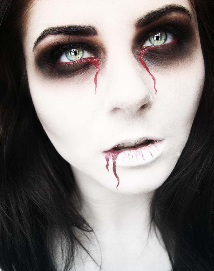 10-creepy-eye-makeup-looks-to-try-this-halloween_10