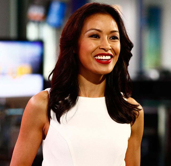 10-female-news-anchor-that-will-make-you-speechless_9