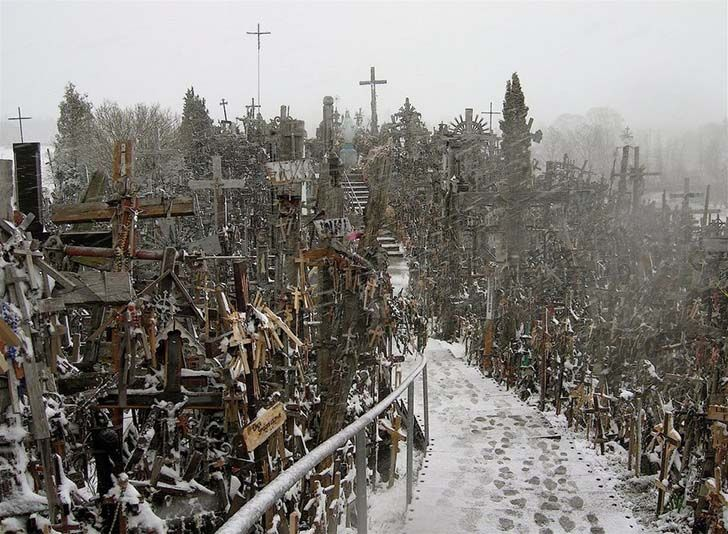 10-of-the-most-terrifyingly-creepy-places-from-around-the-world_9