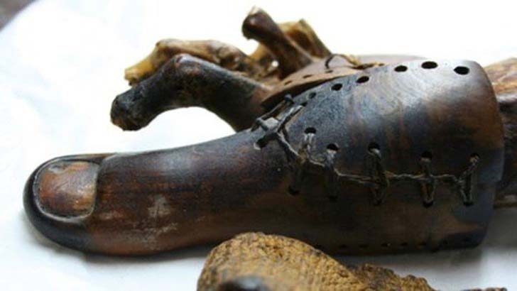 10-of-the-oldest-and-oddest-objects-ever-discovered_7
