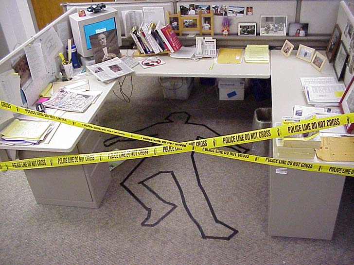 15-hilarious-office-pranks-that-will-make-you-so-glad-you-dont-work-here_11