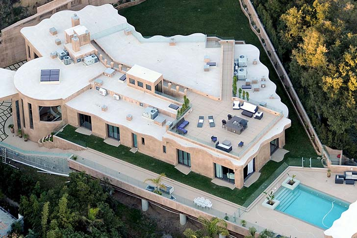 15-most-jaw-droppingly-gorgeous-famous-star-mansions_8