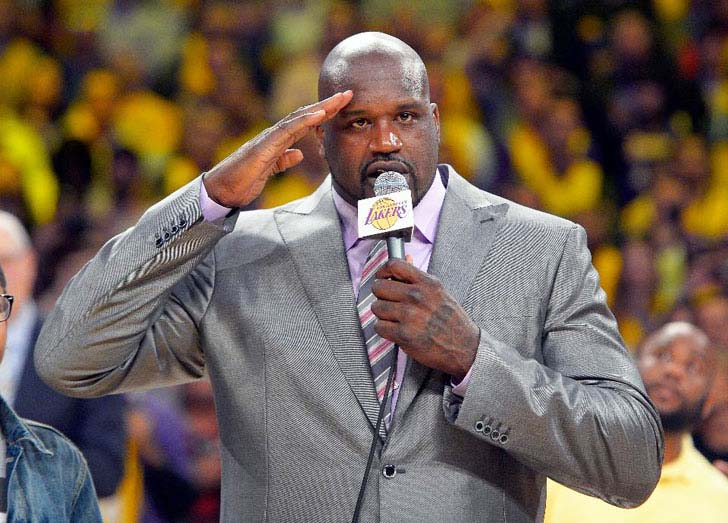 15-times-shaq-made-things-look-really-small_1