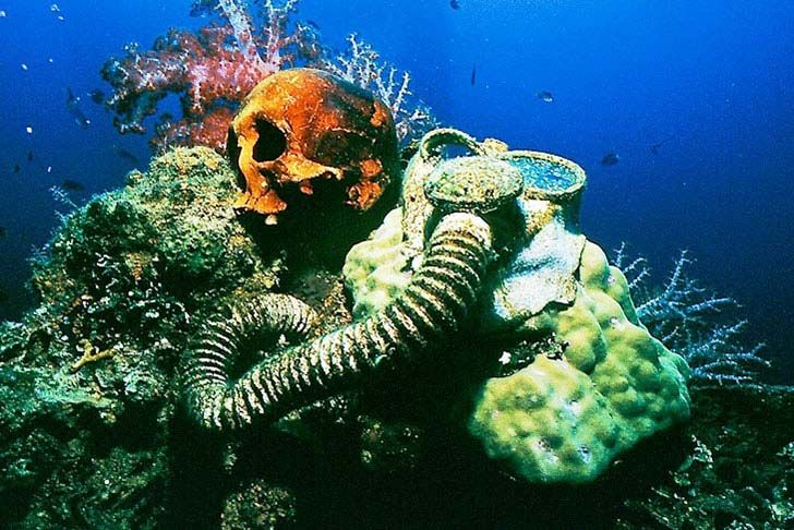 20-bizarre-underwater-discoveries-that-will-blow-your-mind_16
