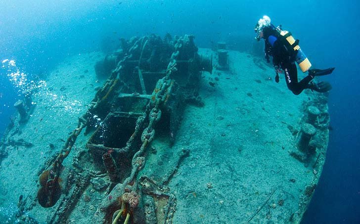20-bizarre-underwater-discoveries-that-will-blow-your-mind_21