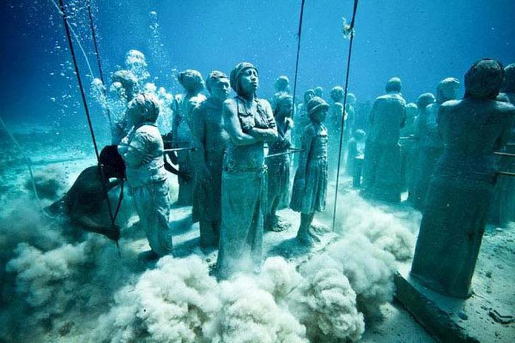 20-bizarre-underwater-discoveries-that-will-blow-your-mind_9