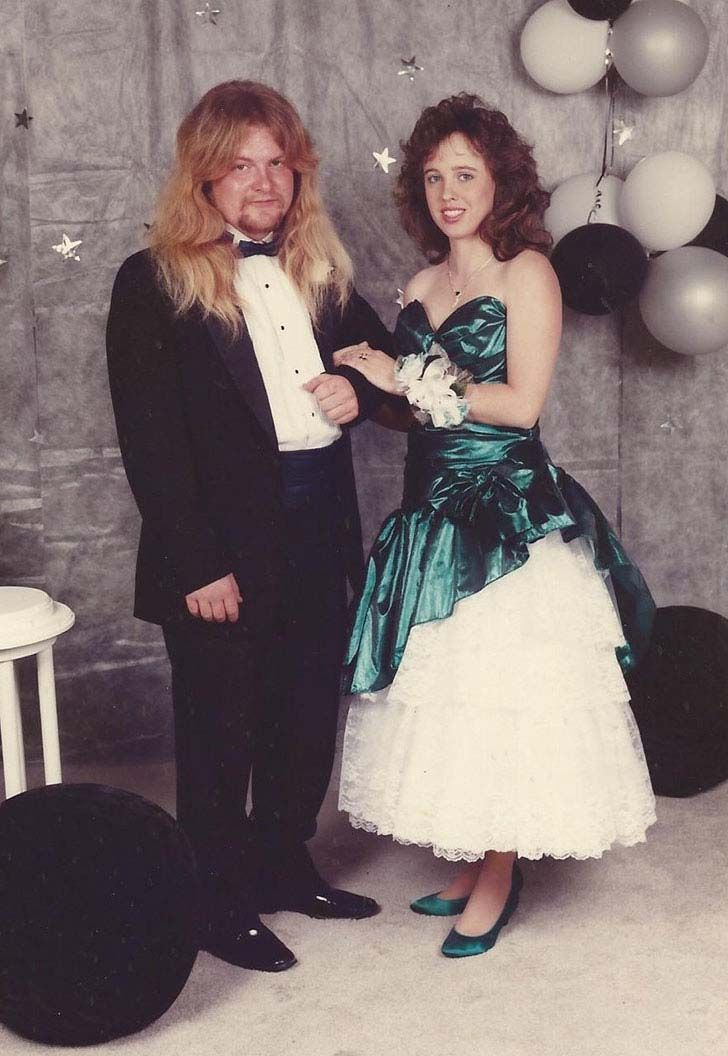 20-most-awkward-prom-photos-you-have-ever-seen_16
