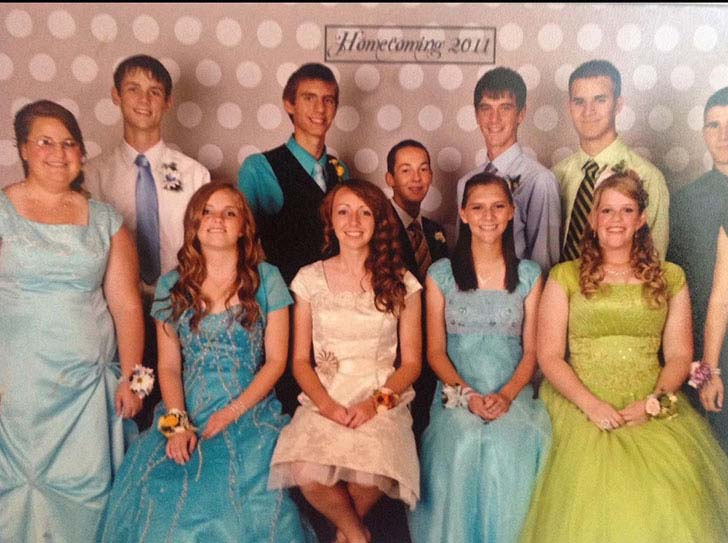 20-most-awkward-prom-photos-you-have-ever-seen_20