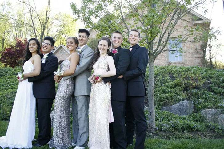 20-most-awkward-prom-photos-you-have-ever-seen_8