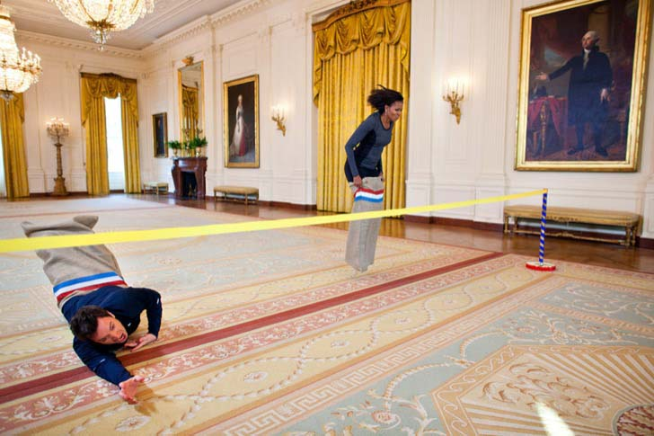26-of-the-most-iconic-pictures-of-michelle-obama_11