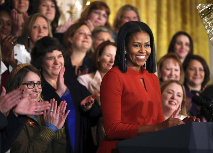 26-of-the-most-iconic-pictures-of-michelle-obama_27