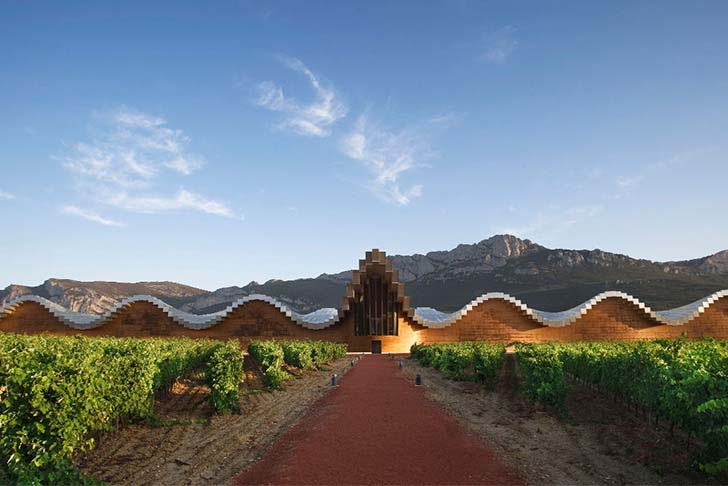 8-most-spectacular-wineries-in-the-world-that-wine-lovers-must-see_1