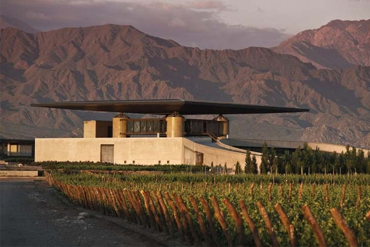 8-most-spectacular-wineries-in-the-world-that-wine-lovers-must-see_8