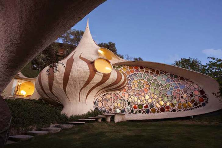 8-weird-and-wonderful-houses-you-definitely-want-to-visit_3