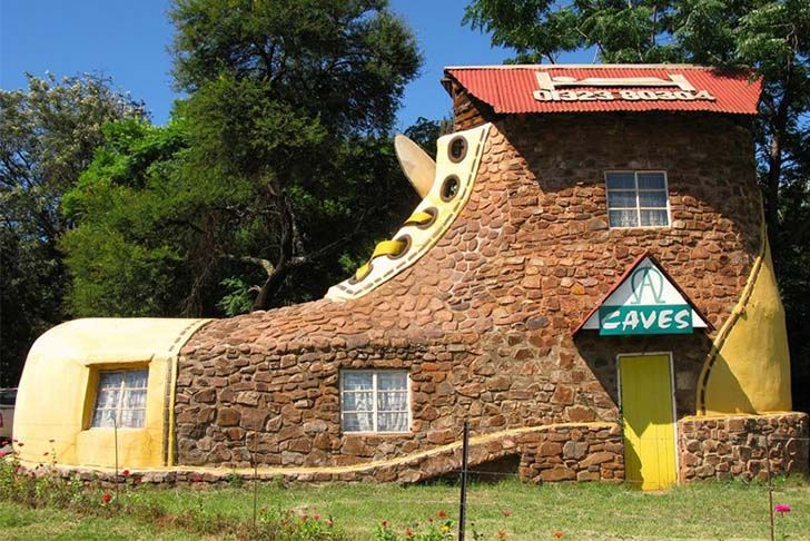 8-weird-and-wonderful-houses-you-definitely-want-to-visit_5