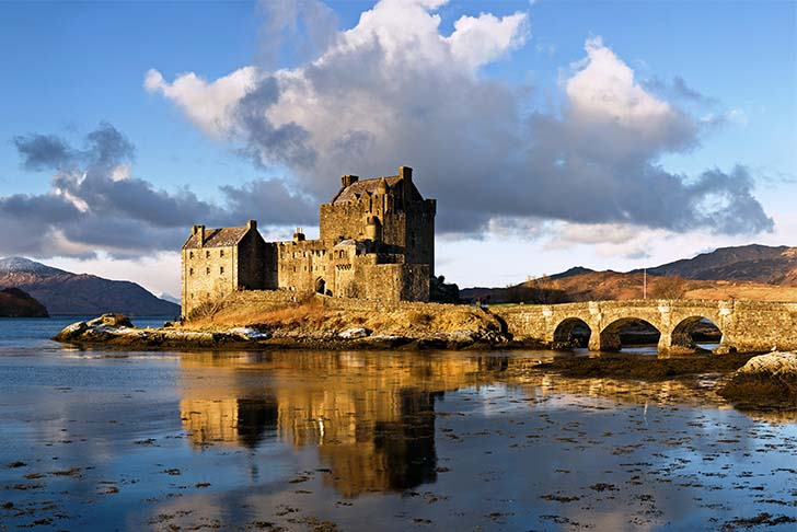 9-oldest-and-enchanting-castles-in-the-world_3