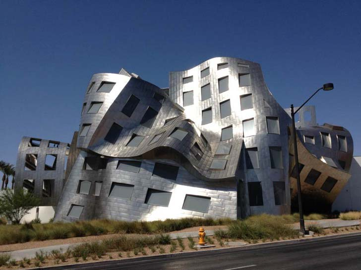 9-unusual-building-designs-that-were-ever-constructed_6