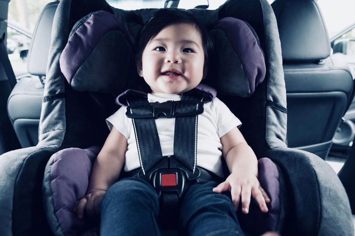 stop-these-10-biggest-car-seat-mistakes-for-your-babys-safety_6