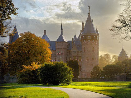 9 Oldest And Enchanting Castles In The World